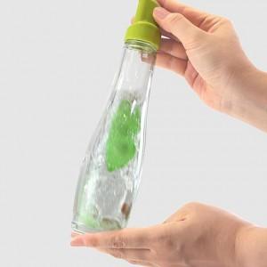 moma-bottlecleaner_02