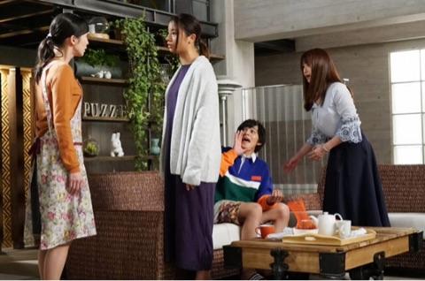 隣の家族は青く見える 深田恭子